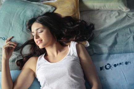 healthiest-sleep-posture