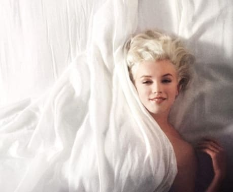 marilyn-monroe-in-bed